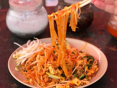 pad-thai-koh-phangan-digital-nomad-hacker-paradise